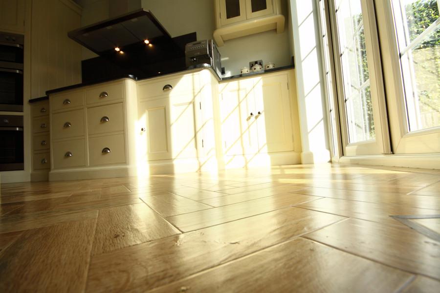 cuisine sur mesure en ligne meubles de cuisine cuisines wood stock cuisine sur mesure. Black Bedroom Furniture Sets. Home Design Ideas